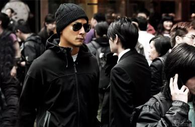 直男必看!男生冲锋衣选购指南-Blackwings官网-男士形象改造-穿搭设计顾问-男生发型-素人爆改